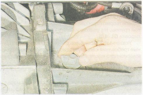 Рено Дастер замена масла в АКПП