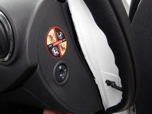 Замена моторчика печки Рено Логан своими руками ( видео и фото) | Новый Logan